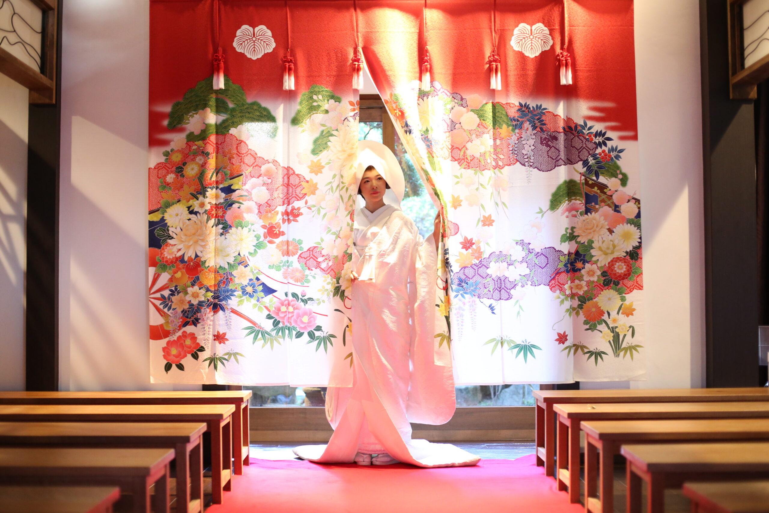 【模擬挙式】ゲスト目線で体感!モダン邸宅で叶える和婚